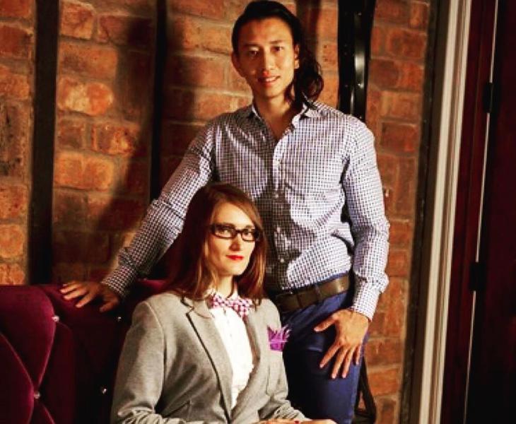 Kenneth Play y su compañera Zhana Vrangalova realizan tutoriales en internet