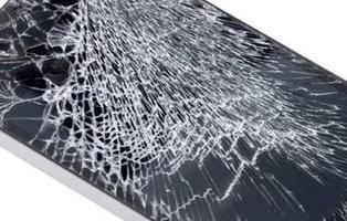 Crean un material que autorrepara los arañazos de la pantalla del móvil