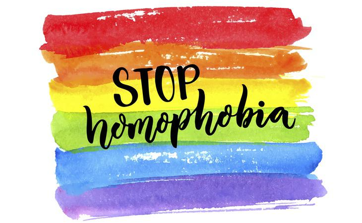 Al menos cien personas han sido detenidas por ser homosexuales