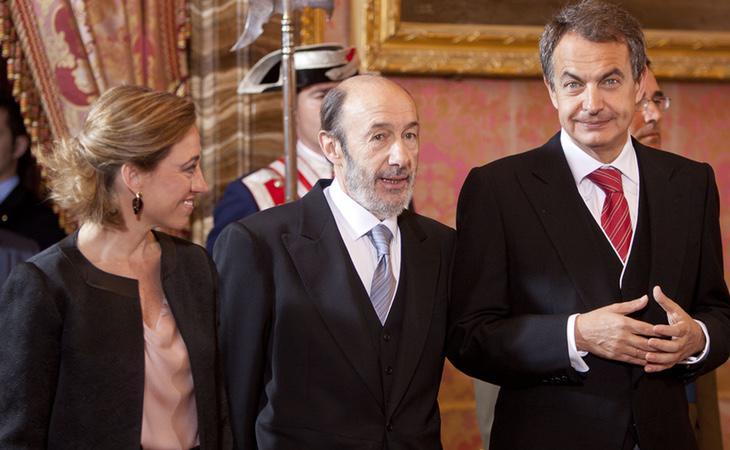 Carme Chacón junto a Rubalcaba y Zapatero
