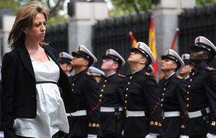 """""""Capitán, mande firmes"""": Carme Chacón, una mujer que rompió con todos los moldes"""