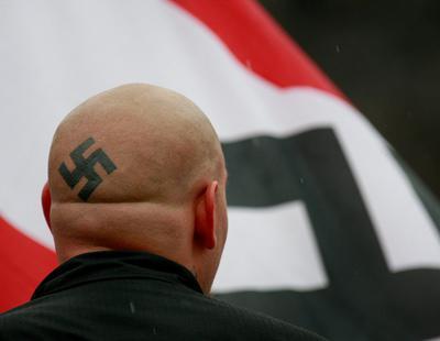 Alemania investiga a 275 militares supuestamente nazis