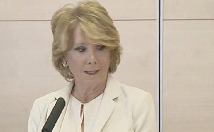 Esperanza Aguirre, durante la rueda de prensa en la que ha anunciado su dimisión como concejal del ayuntamiento de Madrid