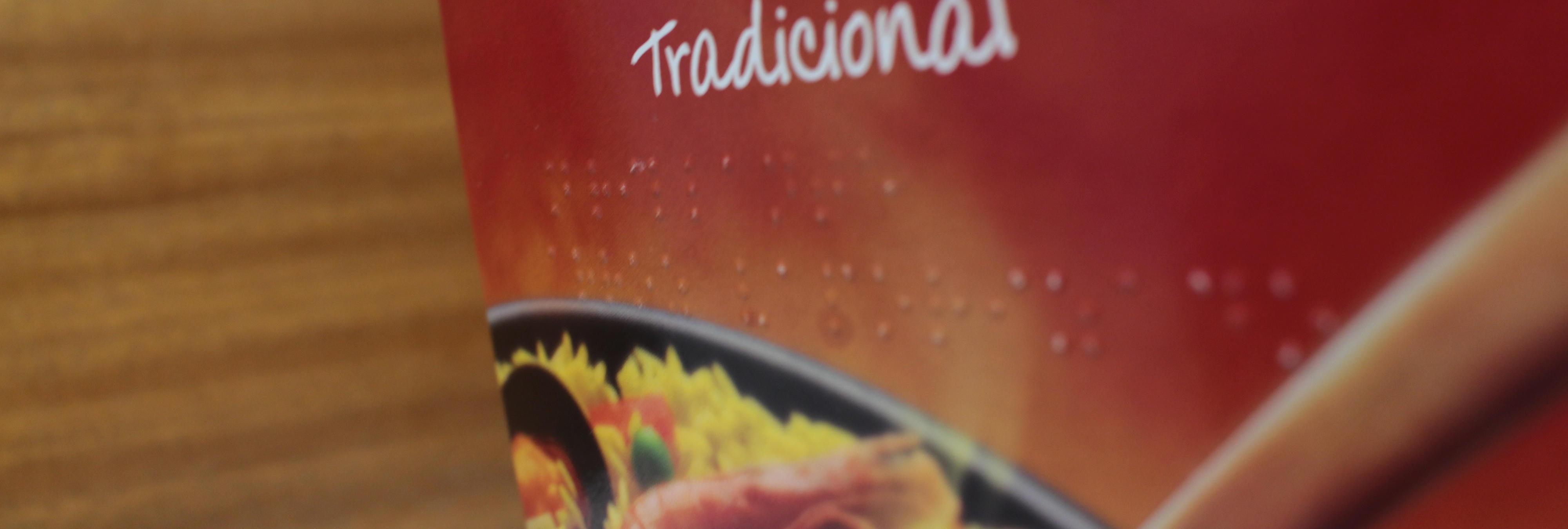 Una petición alcanza las 50.000 firmas para conseguir que los productos alimenticios vengan escritos en braille