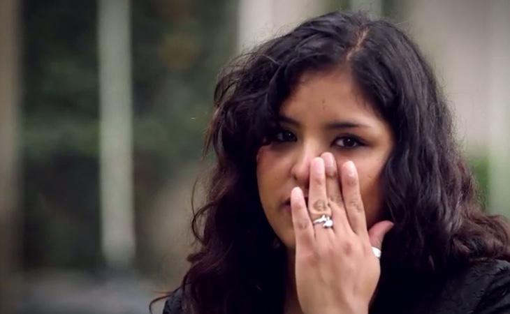 Karla es incapaz de superar todo lo que ha vivido