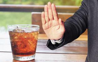 Las bebidas 'light' triplican el riesgo de demencia y derrames cerebrales