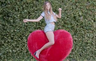 'Mueve mi Chic': Chicfy la vuelve a liar con otro anuncio legendario
