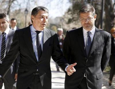 El ministro de Justicia apoyó por SMS a Ignacio González: