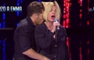 Emma Marrone (Eurovisión 2014), víctima de una asquerosa broma sobre abuso sexual en la televisión italiana