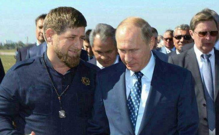 Vladimir Putin, junto al presidente checheno, Ramzam Kadýrov, en una fotografía de archivo