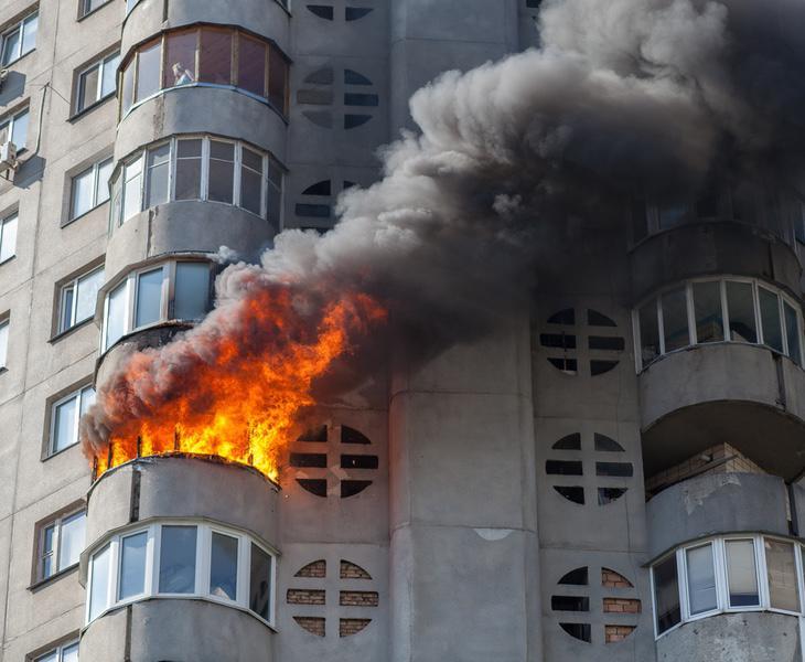 Al menos dos vecinos estuvieron a punto de morir a causa de las llamas