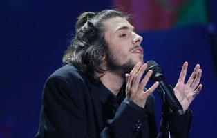 """7 versiones de """"Amar pelos dois"""", la canción ganadora de Eurovision 2017"""
