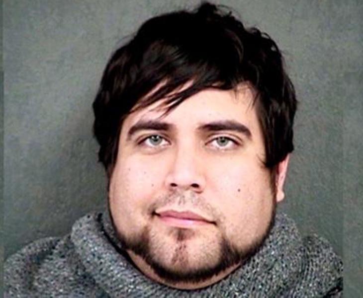 Mario Ambrose ha sido acusado por chantajear económica y sexualmente a sus víctimas