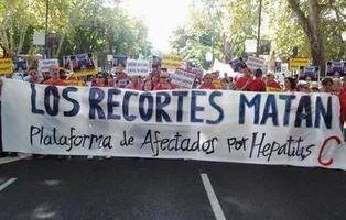 El Gobierno no está destinando el dinero comprometido para los tratamientos contra la Hepatitis C