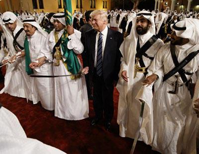 Donald Trump venderá 110.000 millones de dólares en armas a Arabia Saudí