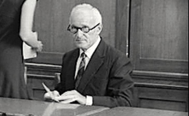 El Dr. Siney Gottlieb fue el que dirigió estos experimentos