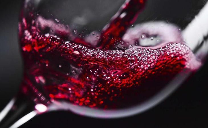 Una sola copa de vino puede tener una especial incidencia en el desarrollo del cáncer