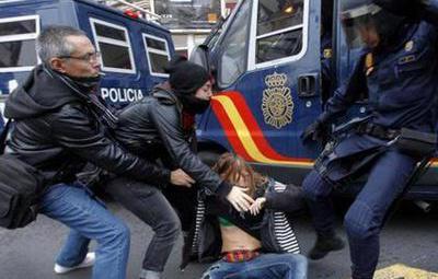 La Justicia considera que la violencia policial contra periodistas no atenta contra la libertad de expresión