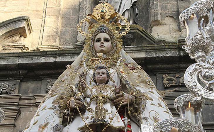 Imagen de la Virgen del Rosario, patrona de Cádiz