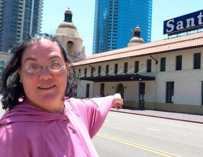 """Una mujer se casa con una estación de tren con la que tiene """"sexo mental"""""""