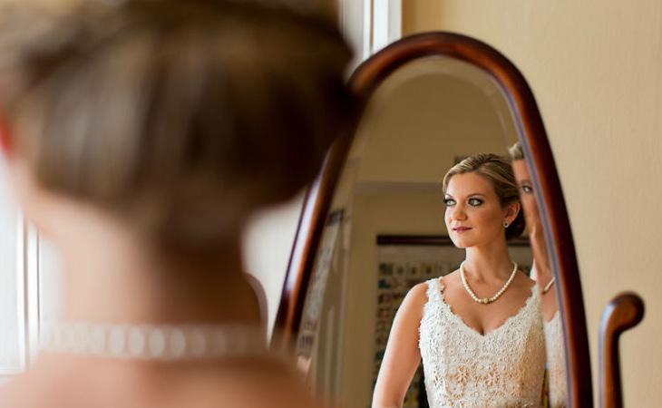 Cada vez hay más personas dispuestas a casarse consigo mismas