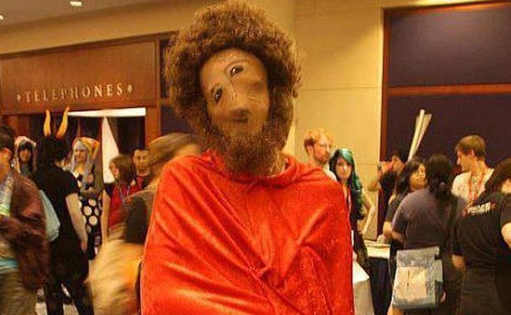 ¿Habrá alguien al que le guste hacerlo vestido del Ecce Homo?
