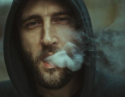 Fumar porros de hortensias: la nueva y destructiva moda entre los más jóvenes