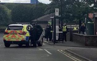 Un hombre armado retiene a varias personas en un centro de empleo  al norte de Inglaterra