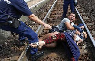 Un grupo neonazi está recaudando dinero para asesinar refugiados