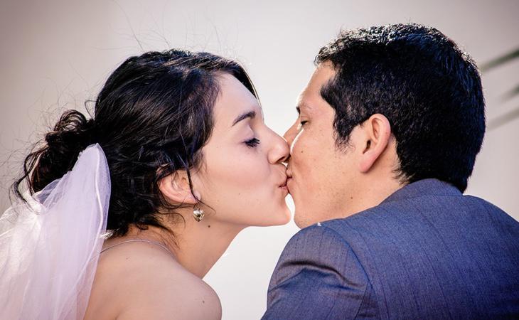 Un beso ayuda a saber si estás conectado realmente con esa persona tan especial
