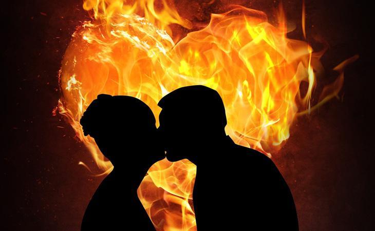 Los besos contribuyen a mejorar la vida en pareja enormemente