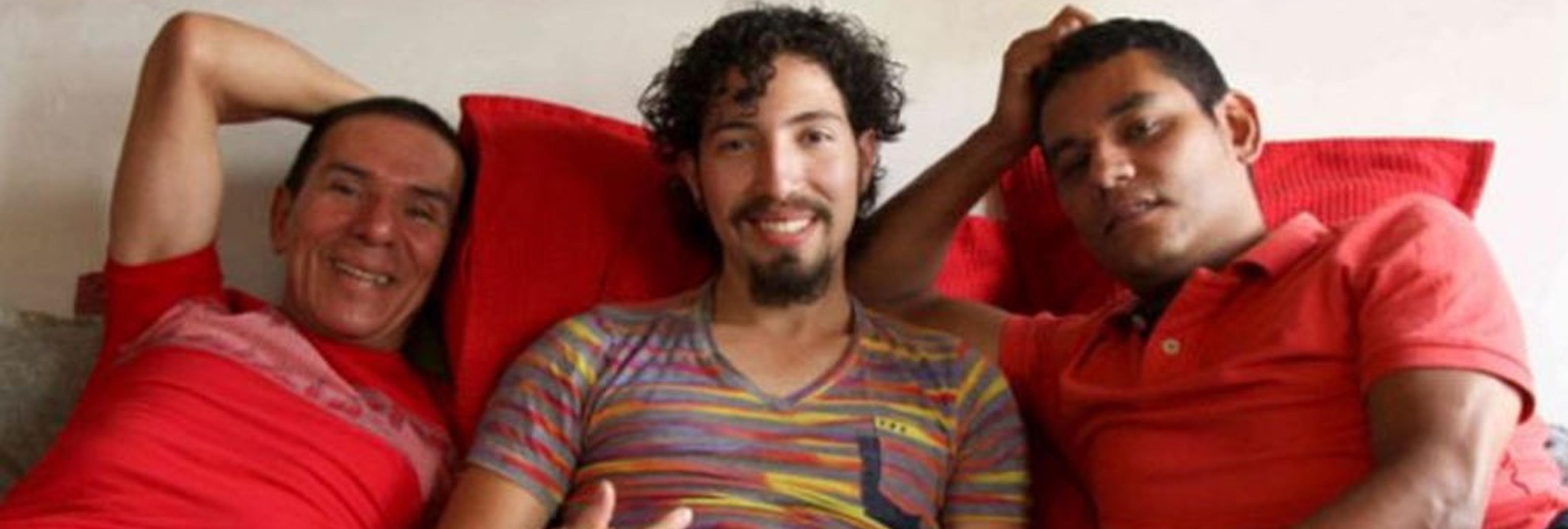 Tres hombres se casan entre sí en Colombia