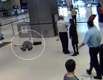 Golpea y deja inconsciente en el suelo a un anciano de 71 años por pedir una tarjeta de embarque