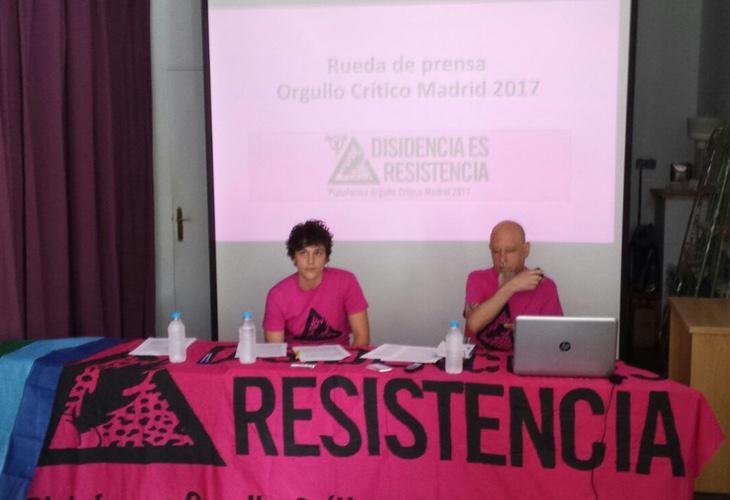 Julia Riesco y Pablx Costa han sido los encargados de presentar la manifestación a los medios de comunicación