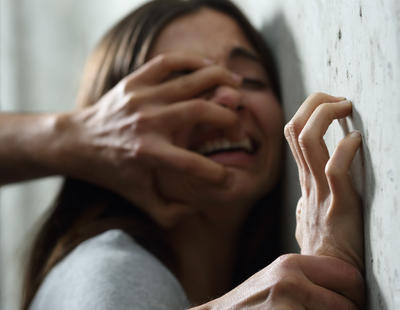 Juzgan a una niña de 15 años por matar a su violador al intentar salvar su vida