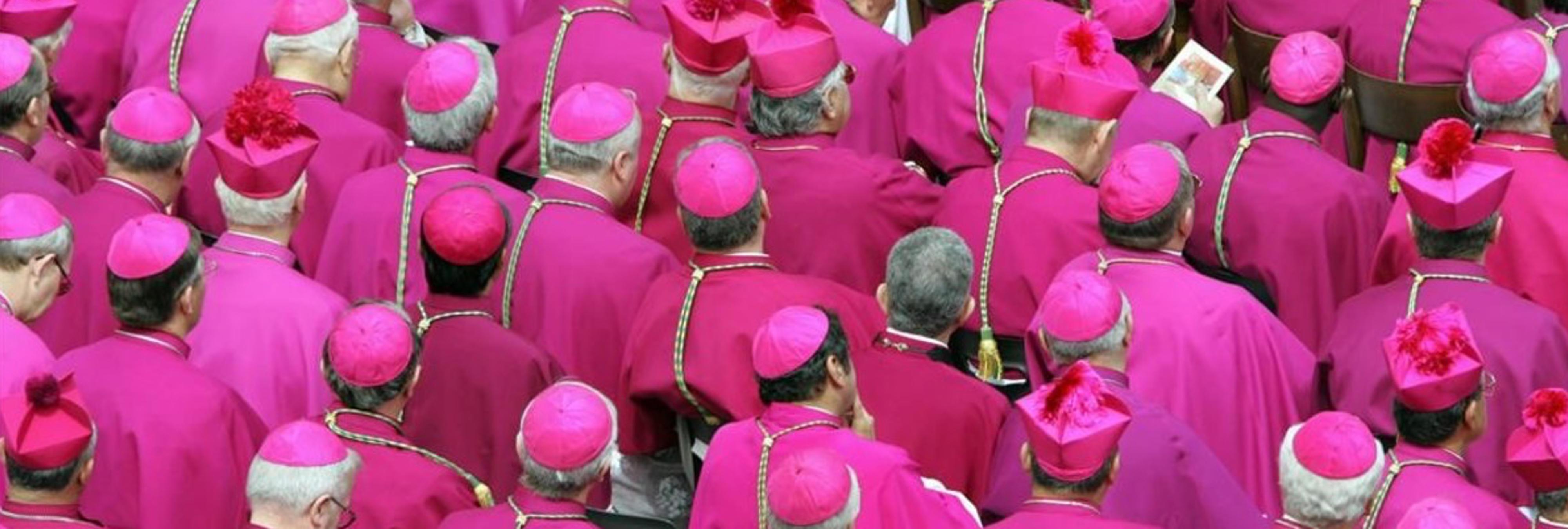 Interrumpen a varios curas en una orgía homosexual con drogas en el Vaticano