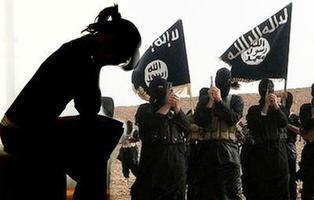 Obligan a una esclava sexual del Daesh a comerse a su hijo de un año