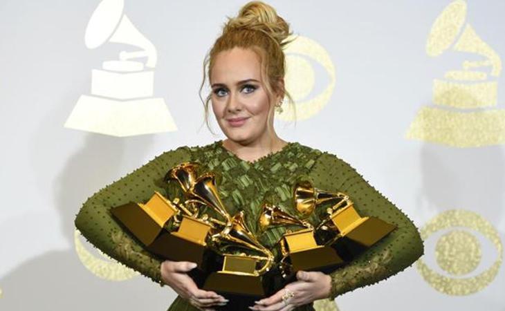 Adele fue la gran vencedora de los últimos Grammys