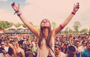 """Vetan en un festival a todos los hombres """"hasta que aprendan a comportarse"""""""
