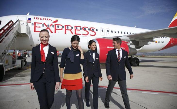 Iberia ha sido sancionada por imponer un test de embarazo a las mujeres solicitantes de empleo