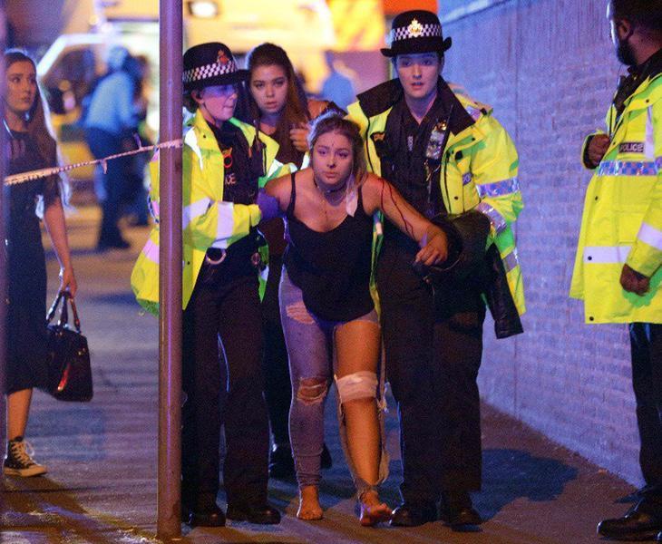 El atentado de Manchester durante un concierto de Ariana Grande dejó 22 muertos y 59 heridos