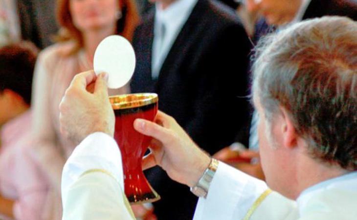 Los creyentes celíacos no podrán tomar la hostia consagrada