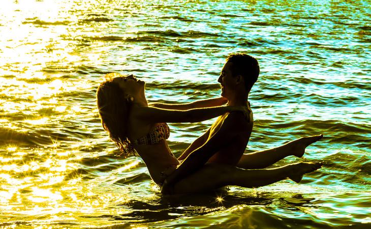 Las acrobacias en el agua no son buena idea durante el sexo