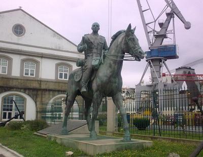 Podemos quiere fundir una estatua de Franco para construir con su bronce un monumento a sus víctimas