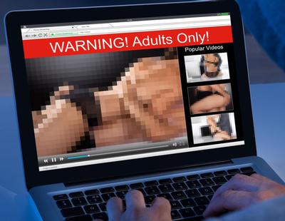 ¿Quieres evitar que te pillen viendo porno? Este aparato promete salvarte la vida