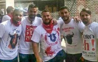 Un juez intenta dejar en libertad a 'La Manada', grupo acusado de violación en Sanfermines