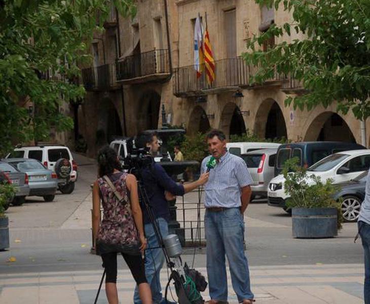 El alcalde de Batea ha sido entrevistado por todo tipo de medios