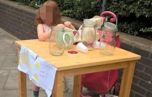 Multan a una niña de cinco años por vender limonada sin licencia