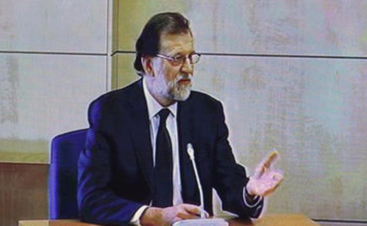 Para Rajoy es 'razonable' que Bárcenas siguiera con coche y despacho tras dejar el PP