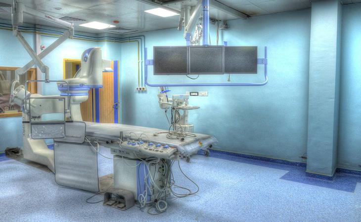 El paciente falleció en la mesa de operaciones